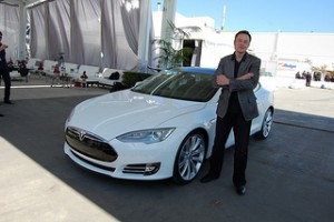 Inherit 7 Habits of Insanely Successful People - inWealthandHealth - Elon Musk Tesla